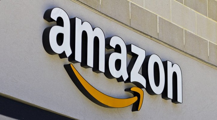 Amazon com versus Facebook: Which Share Should You Buy?
