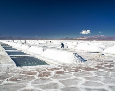 Man out near salt mines testing for lithium