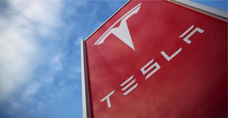 Bisnis Tak Kenal Nasionalisme: Tesla Bangun Pabrik Mobil Listrik Raksasa di Shanghai