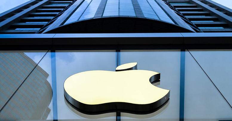 Apple Hacked by Teen | Stolen Data Stored in